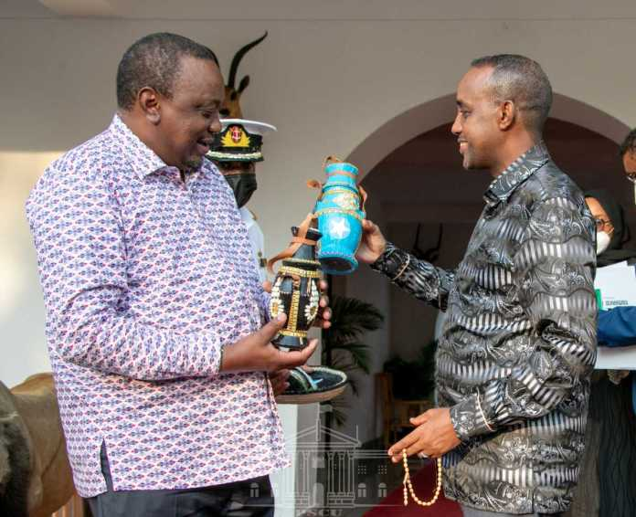 Uhuru Meets Roble As Kenya-Somalia Ties Normalize