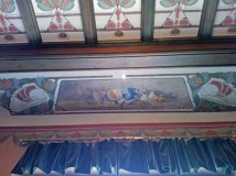 there were 2 full still paintings on the ceiling in this dining room