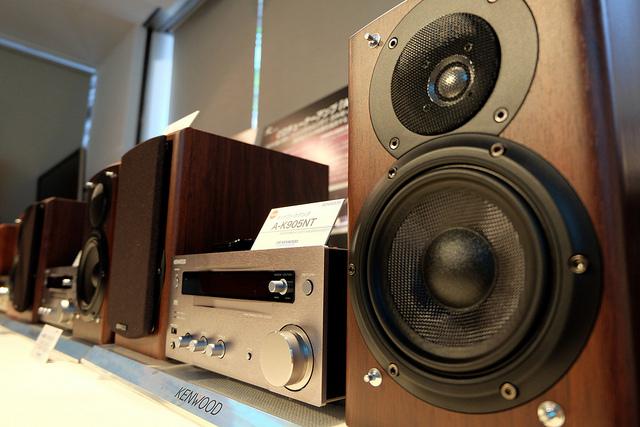 JVC KENWOOD K series 本当の意味でハイレゾオーディオを楽しむために開発されたデジタルアンプとスピーカー