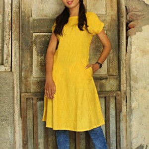 RAYON INVERTED PLEAT KURTI
