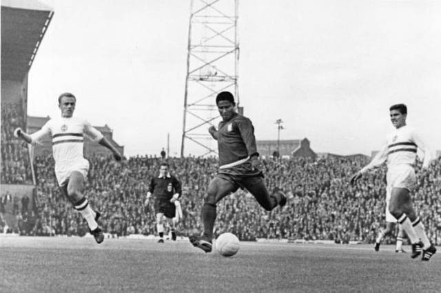 Eusebio banging in a goal at the 1966 World Cup