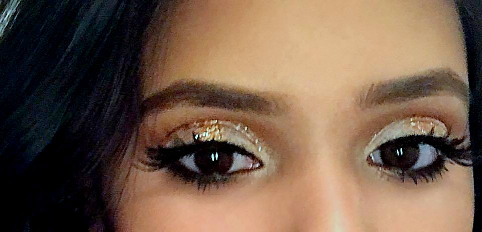 White and Gold Halo Eye Picture