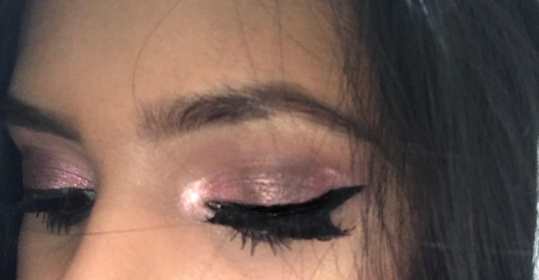 Reverse-halo-makeup