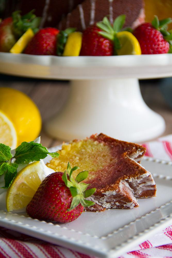 Strawberry Lemonade Bundt Cake-6