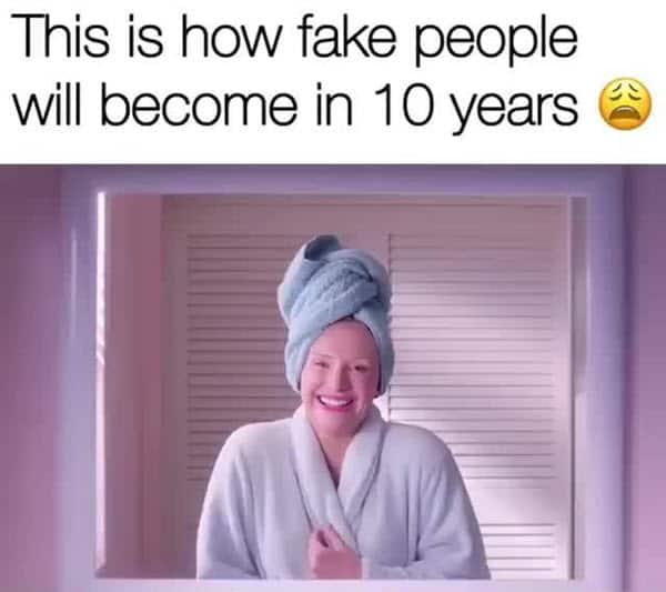 fake friends in 10 years meme