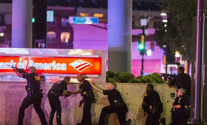 4 police officers Shoot dead during Dallas Black Lives Matter protest