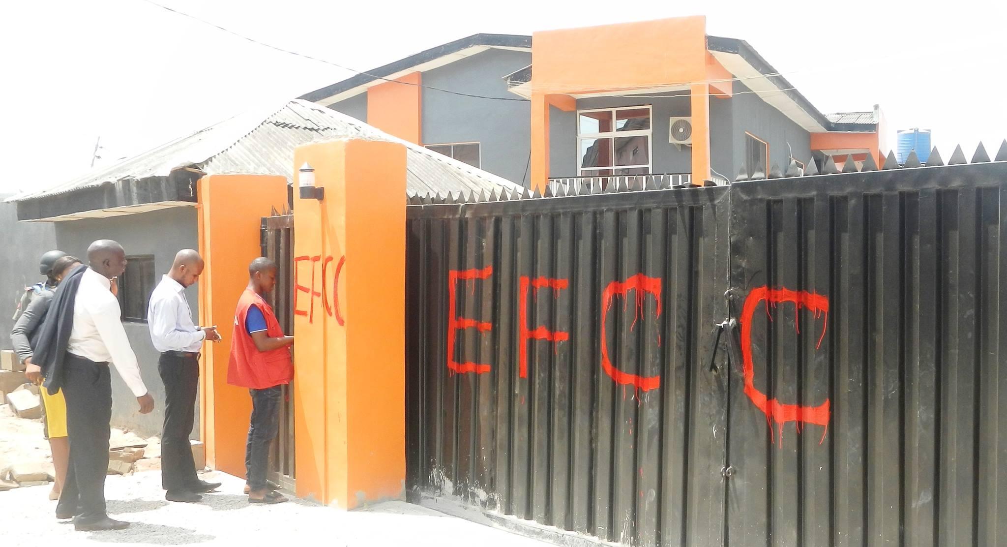 EFCC Sweeps On Suspected Ponzi Scheme Operators
