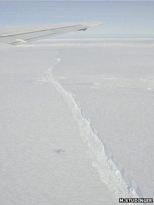 Crack in Antarctica