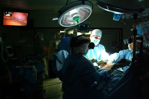 Lung cancer surgery (Credit: Flickr)
