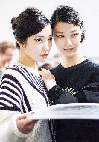 Eudon Choi AW15 Backstage by Sayuri Standing