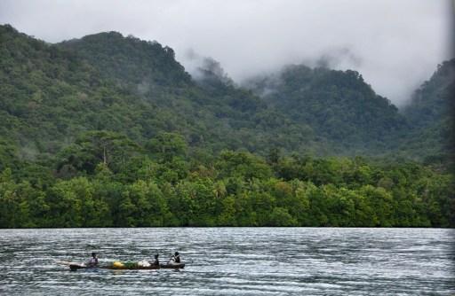 Local life in the Marovo Lagoon, Solomon Islands