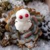 男の箱庭シリーズvol.11|「円盤型多肉のUFOに乗って、雪だるまみたいなE.T.がやってきた!?【oyageeの植物観察日記】