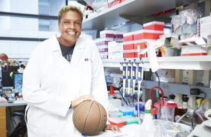 "For 19 years, the Cedars-Sinai laboratory investigator of inflammatory bowel disorders and immunobiology concentrated on studying the human microbiome—the ecosystem of microorganisms, bacteria, fungi and viruses that naturally live within the human gut. Her glory days as a forward and center for collegiate and professional teams were behind her. And then she got a phone call that returned her to the hardwood courts of her youth. On June 9, Lisa Thomas will be one of 96 players from the now-defunct Women's Professional Basketball League to be inducted as ""Trailblazers"" into The Women's Basketball Hall of Fame. PHOTO CREDIT: Cedars-Sinai"