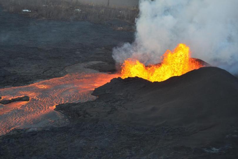 Lava-from-Kilauea-volcano-destroys-Hawaii-County-mayors-home
