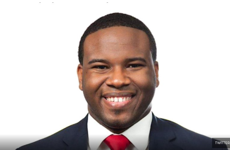 Update: Officer's Story of Shooting Botham Jean Contradicts Witnesses