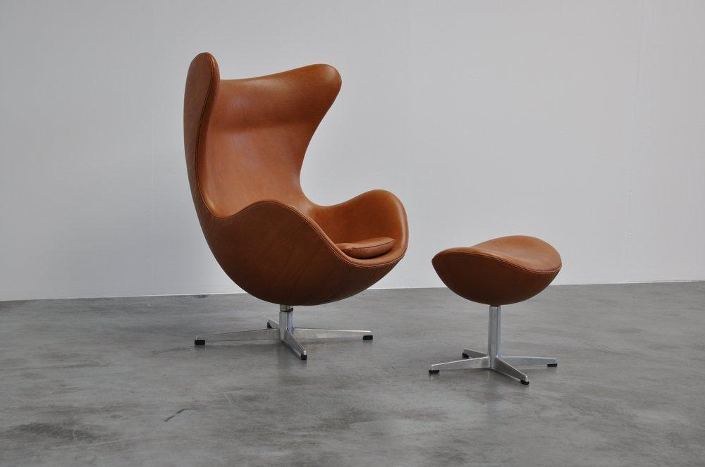 Poltrona Uovo Jacobsen.La Poltrona Egg Di Arne Jacobsen Sbandiu Momenti Di Design