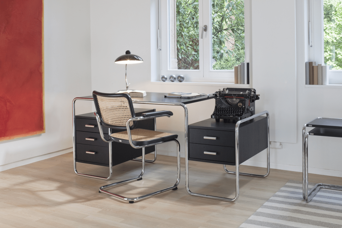 front-images-5000-Thonet__Programm_S_285__S_64_Interieur_1.jpg.png