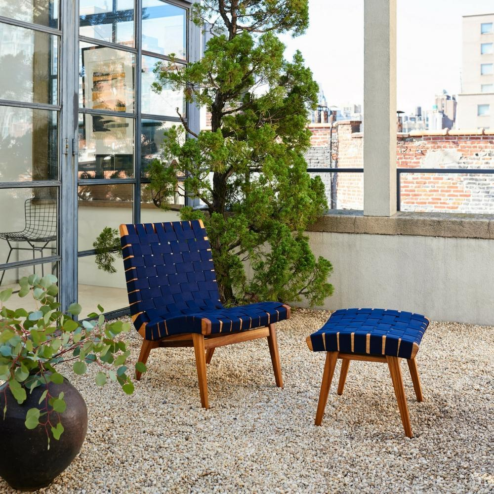 knoll-risom-outdoor-lounge-chair-and-ottoman-teak-with-navy-webbing_1024x1024.jpg
