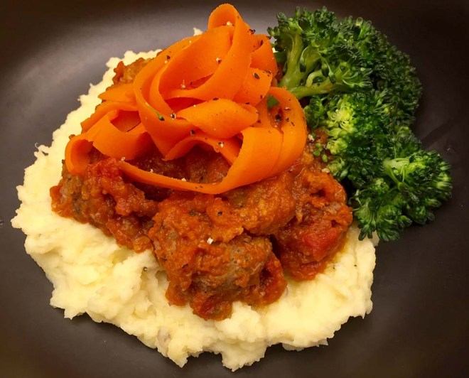 Meatballs with veg - 2