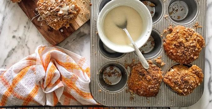 Oatmeal, Peach & Date Streusel Muffins