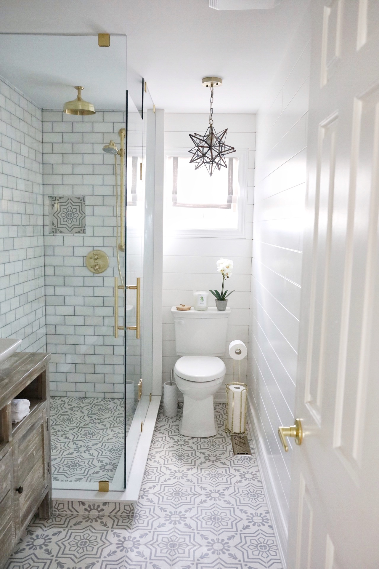 A Simply Beautiful Bathroom Makeover Eating