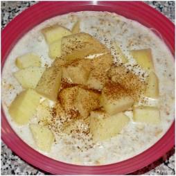 Porridge mit Apfel (mein tägliches Frühstück *njamnjam*)