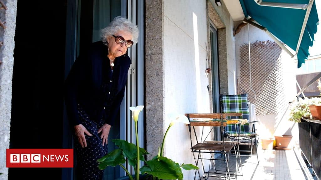 Italian grandmother's first trip outside after lockdown 1