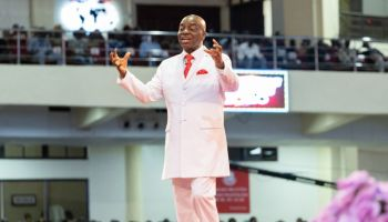 Download SHILOH 2020 -TURNAROUND ENCOUNTERS [ENCOUNTER NIGHT Day 1] with Bishop David Oyedepo).mp3