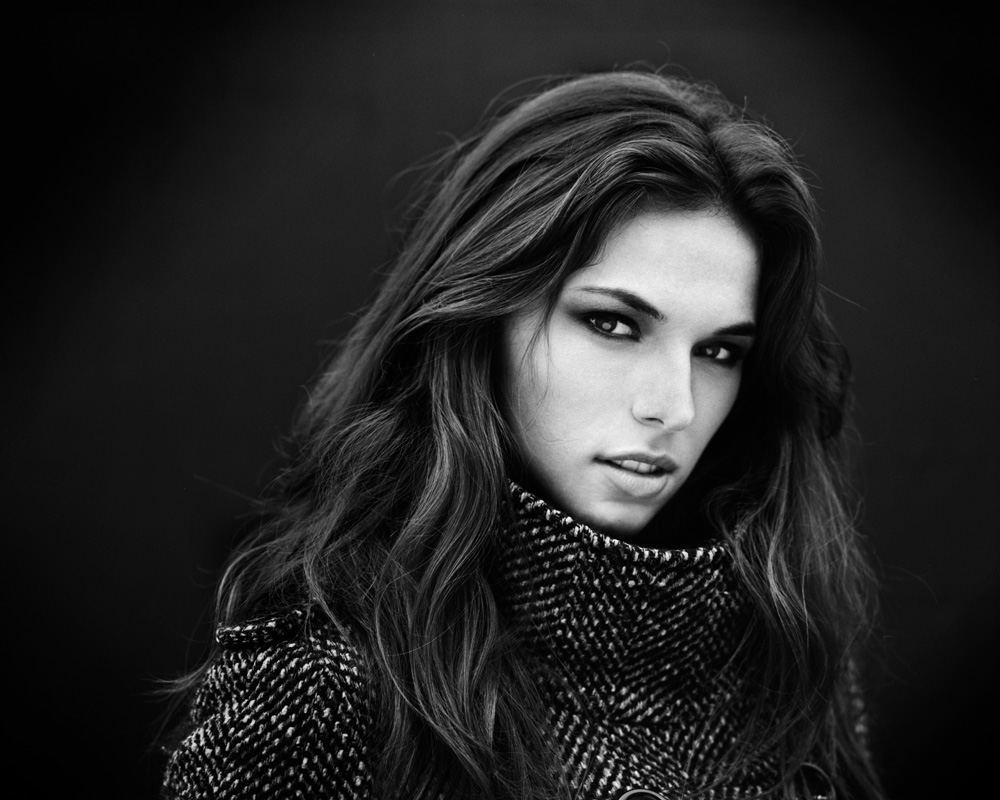 Portrait en noir et blanc de Lucilia