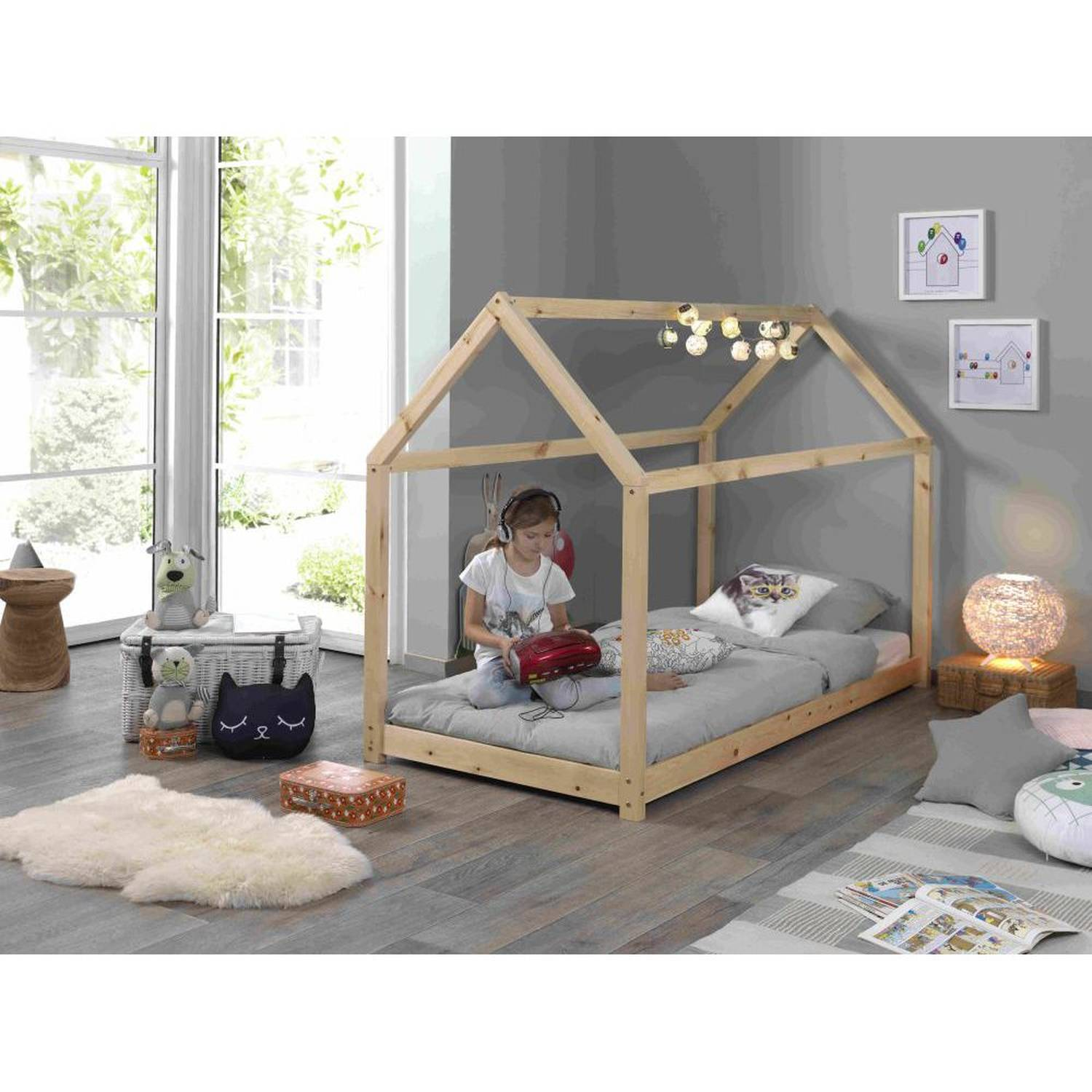 Kids Wooden Single House Bed In Pine Buy Wooden Single Bed Single Beds For Sale Solid Wood Canopy Bed Product On Alibaba Com