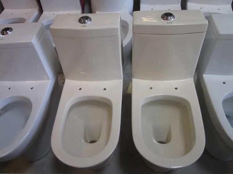salle de bain de qualite superieure bol de toilette couleur ivoire toilette buy couleur ivoire toilettes product on alibaba com