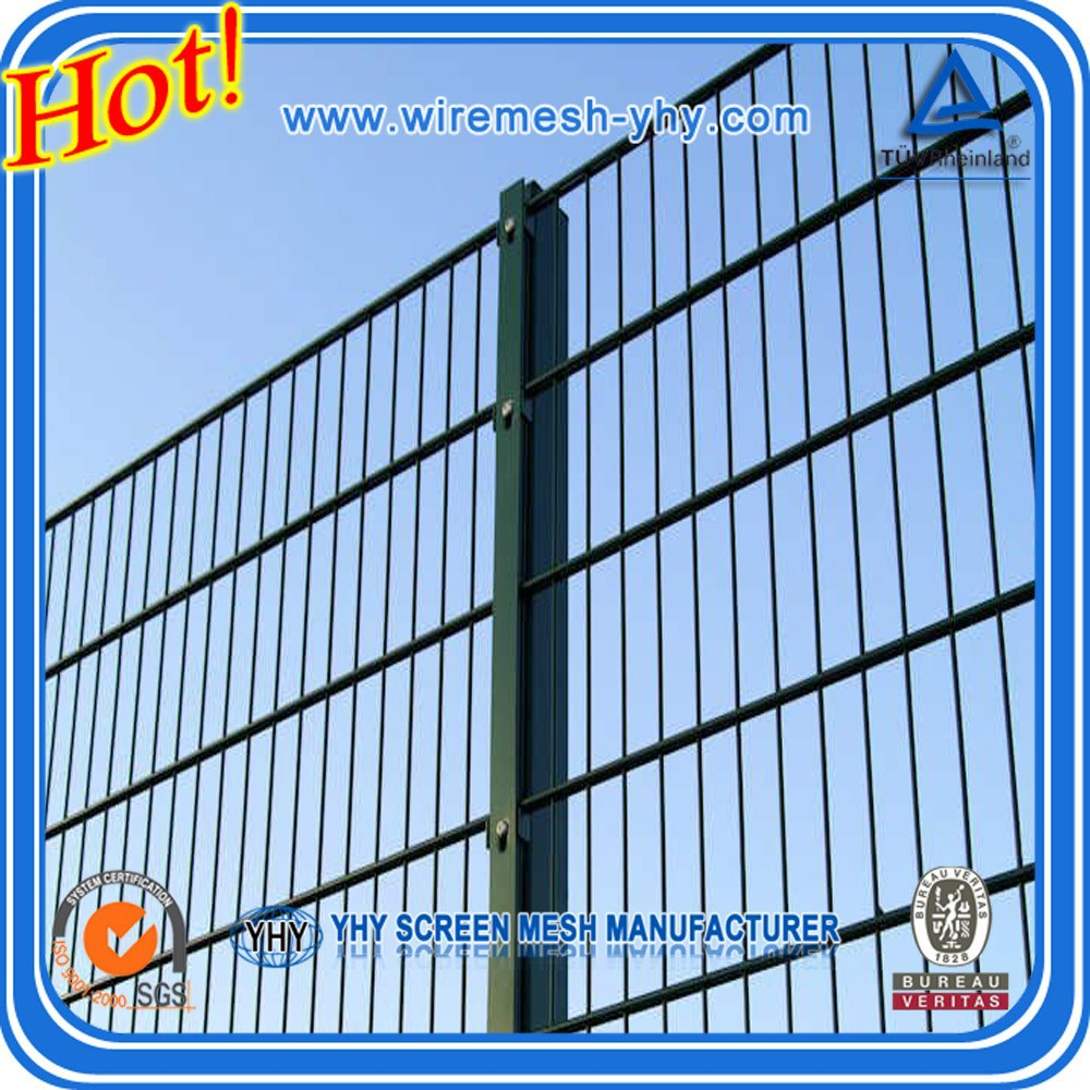 Plastic Coated Chicken Wire Fence