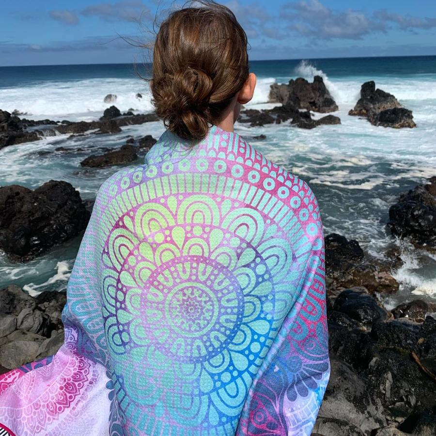 china manufacturer customized microfiber yoga towel printed with personal design