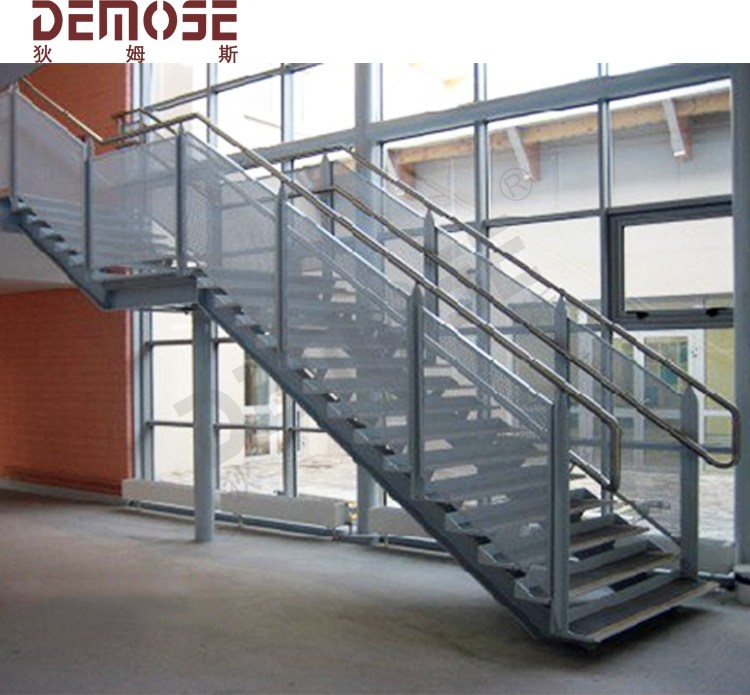 Metal Outdoor Iron Steps Stairs Buy Wrought Iron Handrails | Iron Handrails For Outdoor Steps | Deck | Simple | Outside | Free Standing | Galvanized Iron