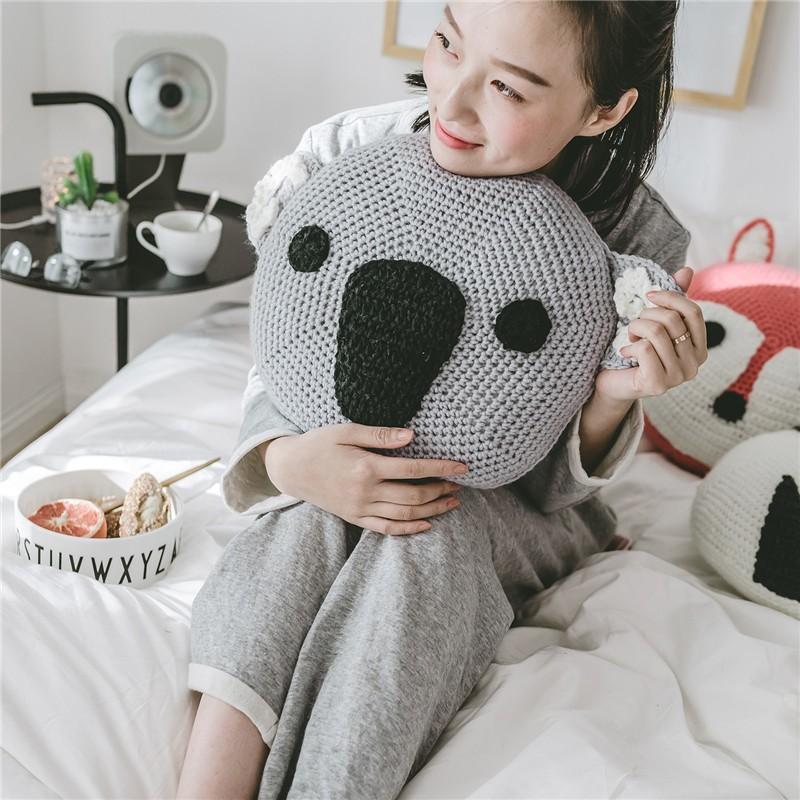 coussin de dessin anime pour chaise ronde en forme d animal chien et koala design mignon crochete buy panda shape crochet cotton pillow crochet