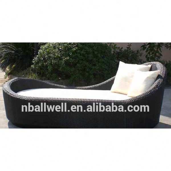 most popular high quality outdoor waterproof black pe rattan garden daybed with cushions awrf5137a pe rattan daybed buy pe rattan daybed outdoor