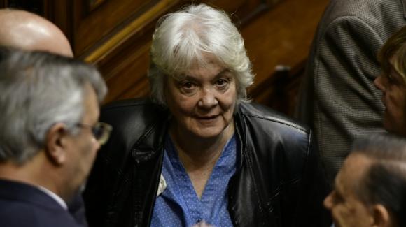 Resultado de imagen para Uruguay: Topolansky pidió a Jurídica del Palacio Legislativo