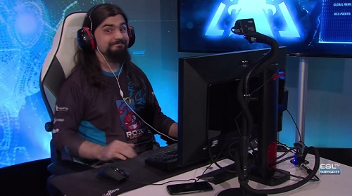 Iaguz - The face of a man who took out MaNa 2-1