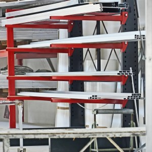 Cantilever metallici industriali