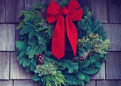 100 Carols for the Christmas Season
