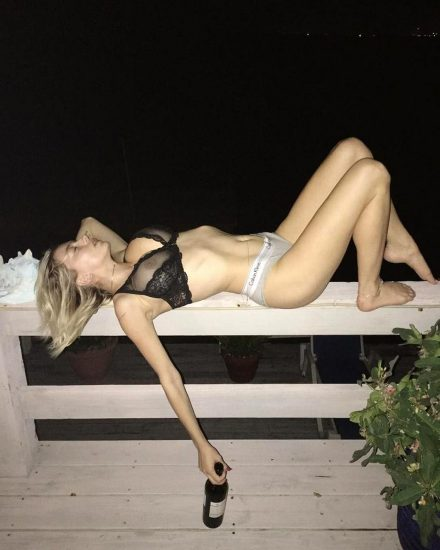 Caroline Vreeland Nude Pics and LEAKED Drunk Porn in 2020 43