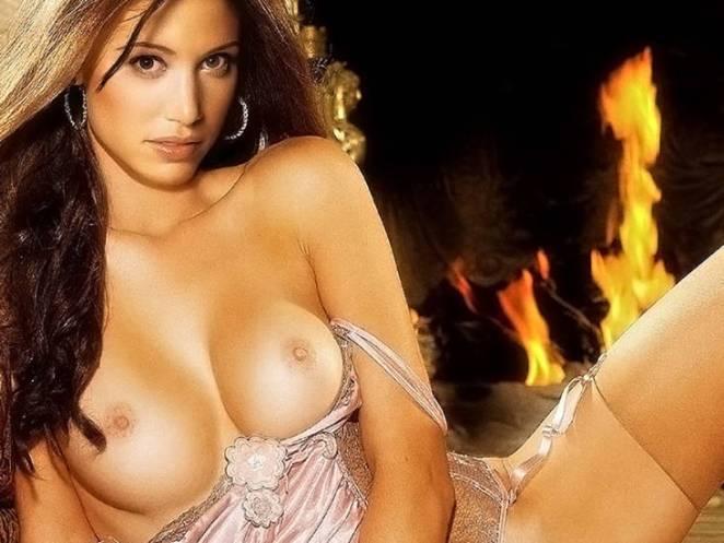 Shannon Elizabeth Nude Pics & Topless Sex Scenes Compilation 18