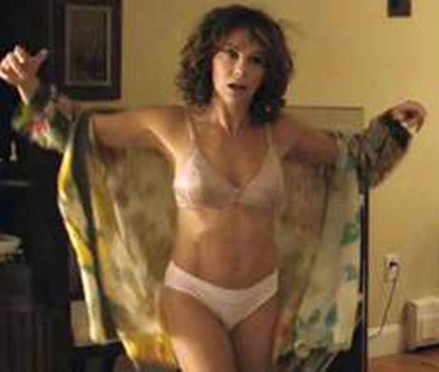 Jennifer Grey Nude Private Photo From Her Bed Leaked Scandal