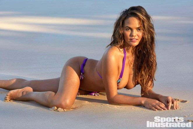Chrissy Teigen Nude & Topless ULTIMATE Collection 33