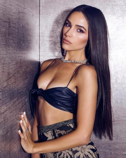 Olivia Culpo Nude & Topless ULTIMATE Collection 141