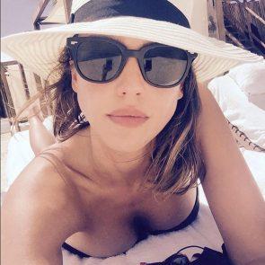 Jessica Alba Nude and Leaked Porn Video – 2020 News! 2