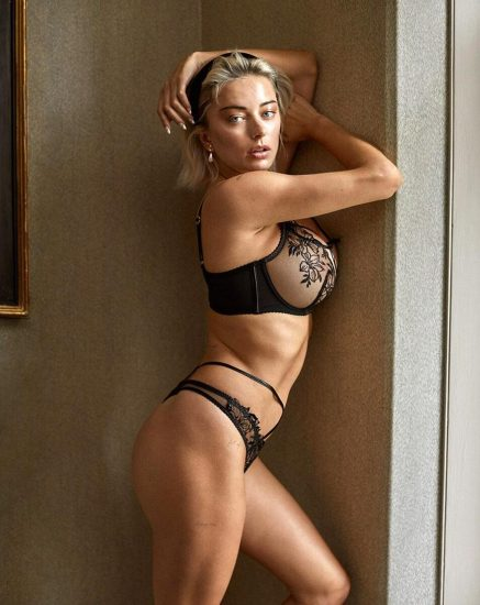 Caroline Vreeland Nude Pics and LEAKED Drunk Porn in 2020 96