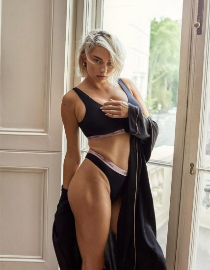 Caroline Vreeland Nude Pics and LEAKED Drunk Porn in 2020 107