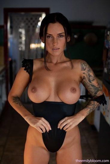 Kayla Lauren Nude LEAKED Pics & Topless Snapchat Porn 4