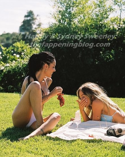 Halsey Nude LEAKED Pics, Porn Video & Sexy Photos 13